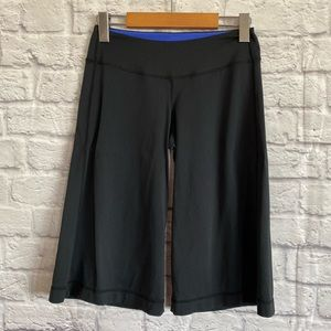 LULULEMON Wide Leg Black Crop Pants